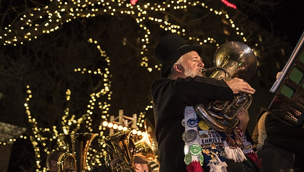 Tuba player in Lancaster city for the holidays